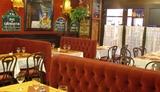 Clos Bourguignon Café du Métro Paris