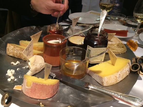 Comptoir-du-relais-yves-camdeborde-fromage