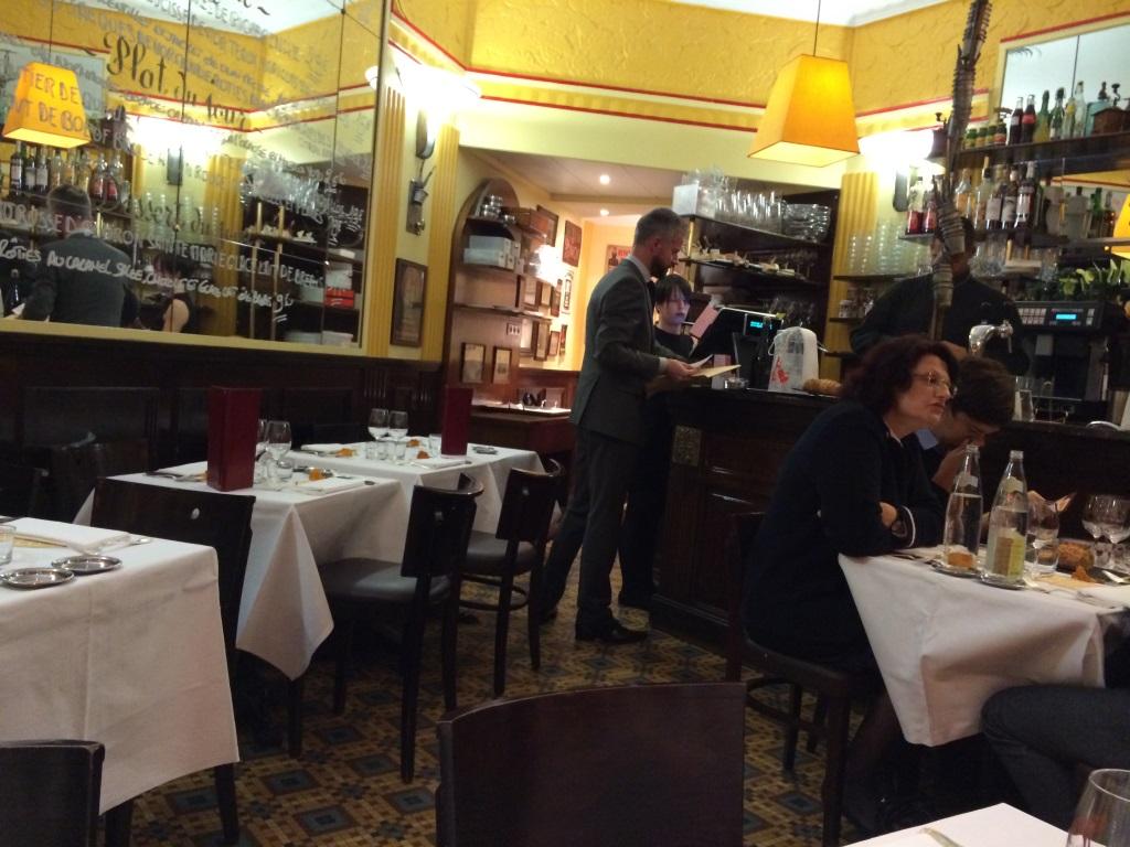le comptoir du relais paris 6 me coup de fourchette blog guide des restaurants paris. Black Bedroom Furniture Sets. Home Design Ideas