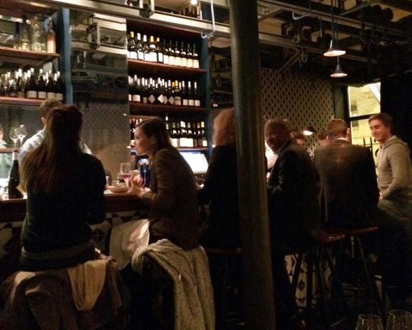 Bar-a-cocktails-fish-club-comptoir