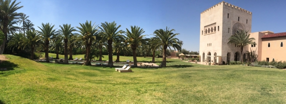 Ksar-Char-Bagh-hotel-luxe-marrakech-jardin-pano