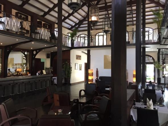 Heritage-Siem-reap-lobby