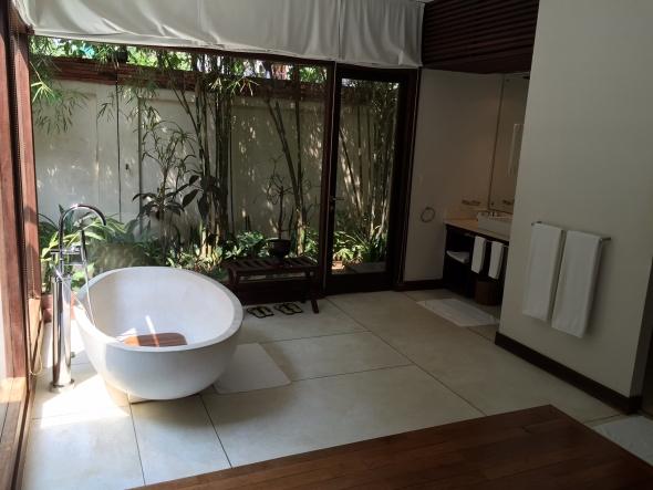 Heritage-Siem-reap-suite
