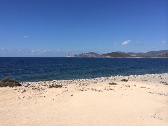 Experimental--beach-ibiza-plage3