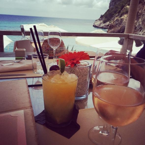 Amante-beach-club-ibiza-cocktails