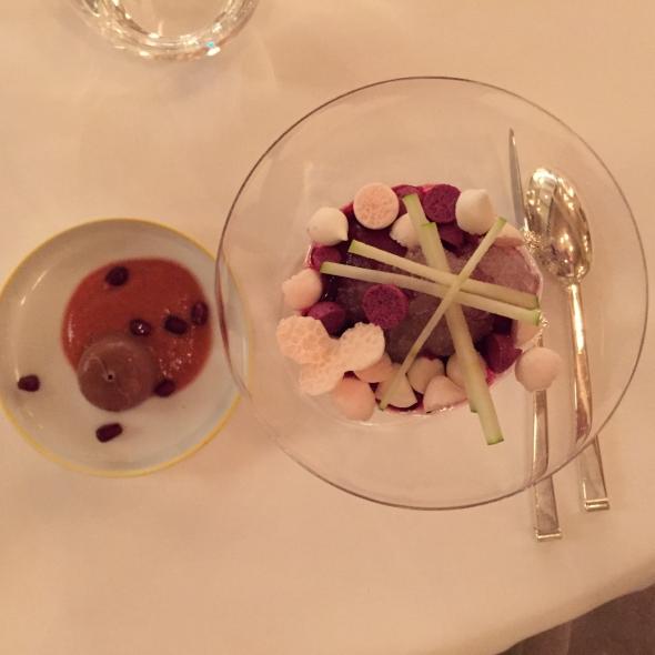 Restaurant Pèir-pierre-gagnaire-gordes-dessert1