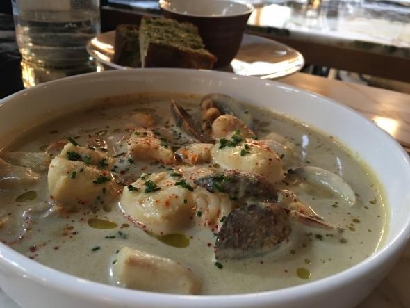 Le-grand-coeur-restaurant-marais-soupe-de-poisson