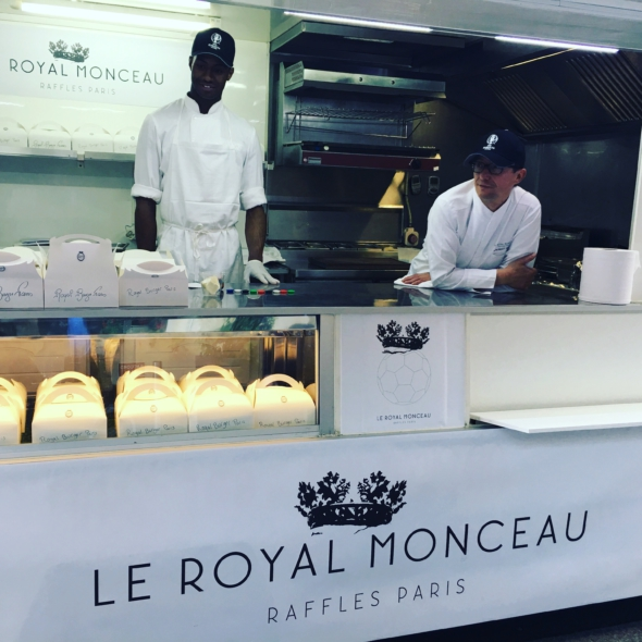 royal-monceau_food-truck