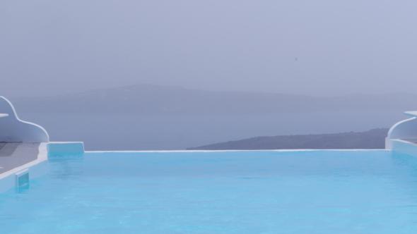 chromata-santorin-piscine